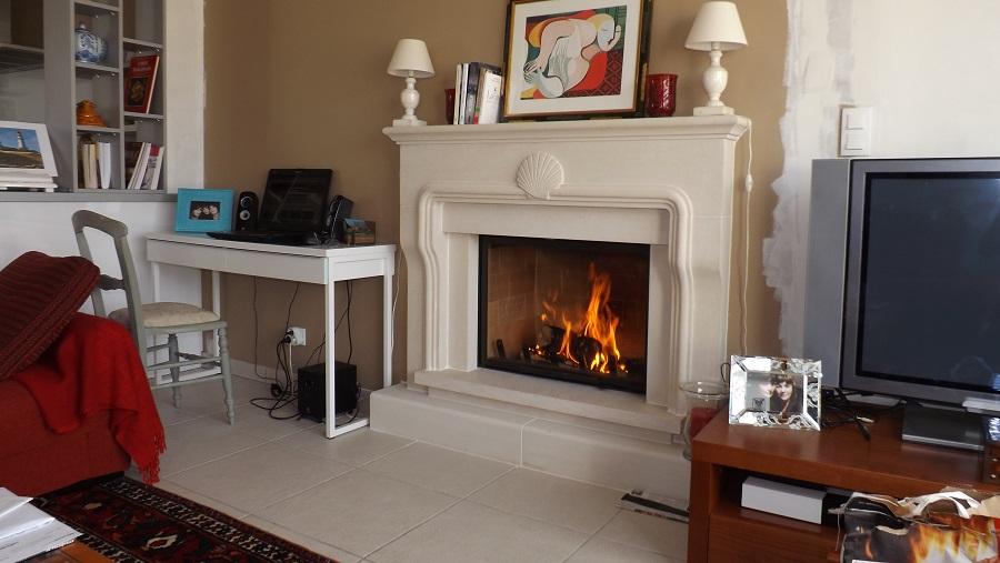les chemin es de style de chemin e charrier en charente. Black Bedroom Furniture Sets. Home Design Ideas